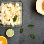 Voćna salata s dinjom, citrusima i metvicom- osvježenje za vruće ljetne dane